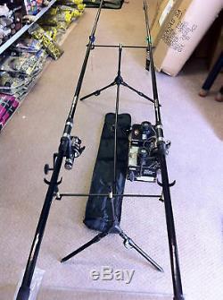 Nouveau 2 X 12ft 2.75lb Carpe Rods & Egb40 Gratuit Spin Reels Carpe Outfit + Rod Pod